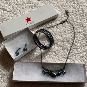 Kenneth Cole jewelry set